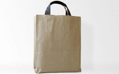 Comment le sac réutilisable s'est-il fait une place chez les commerçants ?
